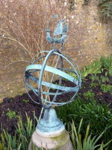 Fun_garden_ornament_(8603072214)