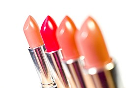 lipstick-1137538__180